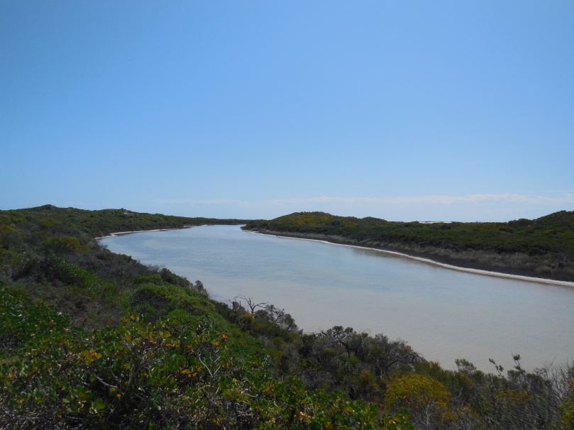 Hill River