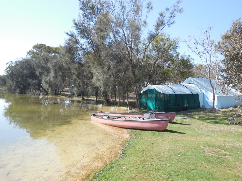 Boshack lakeside tents