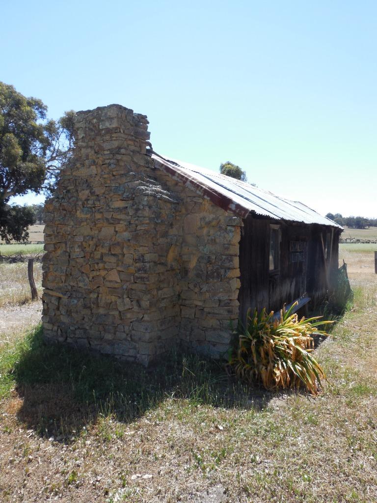 Six Mile Cottage