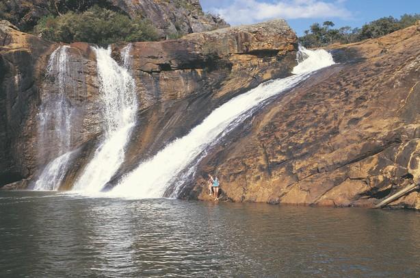 serpentine-falls