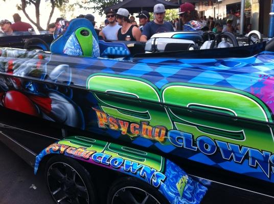 99 Psycho clowns