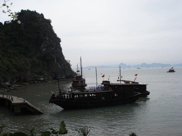 Halong Bay boat.jpg