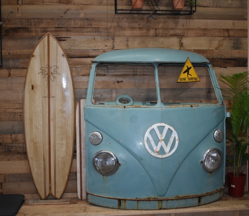 Kombi at Aloha Surfhouse.JPG