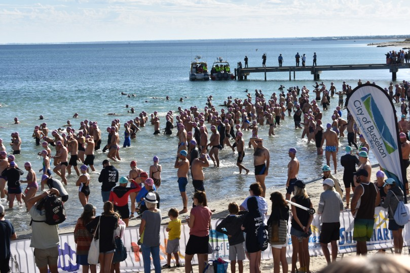Start of Busselton Jetty Swim