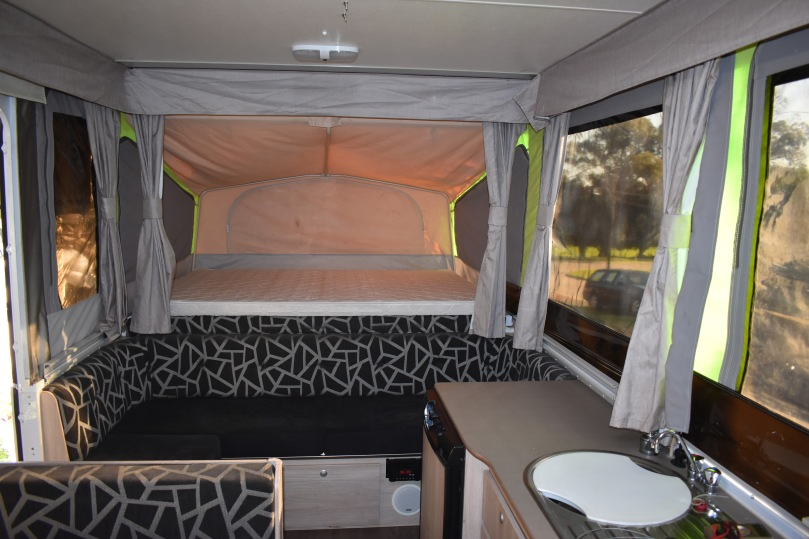 jayco-eagle-bed